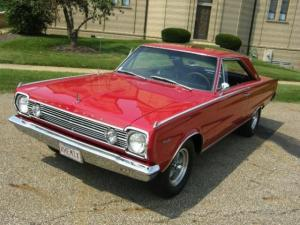 A Closer Look At A Rare '66 HEMI Satellite