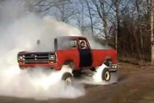 Video: This Blown 4×4 Burnout Proves Some Rednecks Have All The Fun