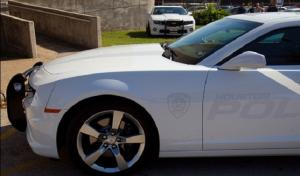 Texans Linebacker Donates Five Camaros to the Houston Police Dept.