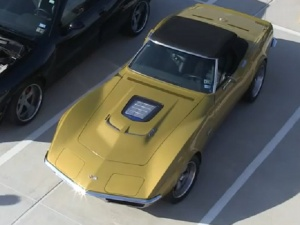 Video: Badass '71 Corvette With A ZR1 Engine