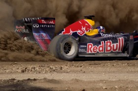 Video: Red Bull F1 Car Goes Dirt Racing