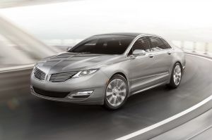 Lincoln Reveals 2013 MKZ Sedan With EcoBoost And V6 Engines