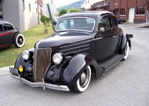 38.__35_Ford_in_black