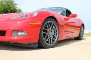 LG Motorsports' New GT2 Wheels for C6 Corvettes