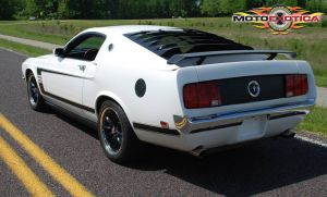 eBay Find: Retrobuilt 2010 Mustang Turned Old-School Boss 302