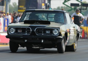 Wetscotts Dominate &#8220;Mopars At The Grove&#8221; Hemi Shootout