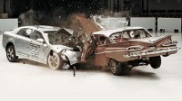 old_vs_new_crash_test_video_5