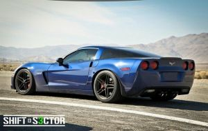 Ride Along As a Z06 Corvette Takes on Willow Springs