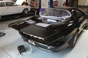 BlownZ: Installing Racecraft's F-Body Strutless Spoiler