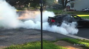 Video: GTO VS. Mustang Burnout Competition Ends Badly