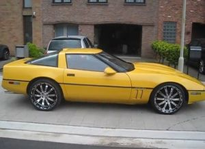 Video: C4 Corvette On 20-Inch Rims. Right Or Wrong?
