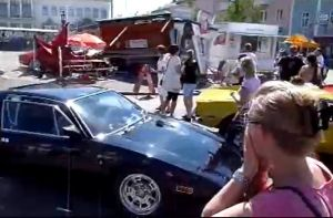 Video: De Tomaso Driver Slams Car Into Crowd