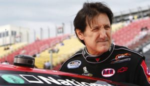 Ron Fellows Offers 'Vette Enthusiasts A Chance To Go Racing