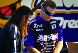 UPDATED: Funny Car Champ Hagan Going Drag Boat Racing?