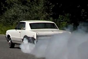 Video: A 4-Cylinder, 600 Horsepower 1964 Pontiac Tempest?!