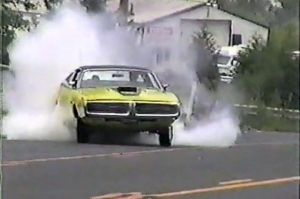 Video: Everyone Loves A Good Burnout