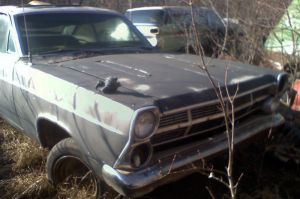 Rusting Away: 390ci 1967 Ford Fairlane GT