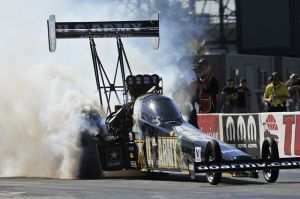 'Countdown Casino' Makes Some, Breaks Some In NHRA Countdown