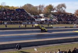 Video: Eighth-Mile Wheelie Wins Byron Dragway&#8217;s Wheelie Competition