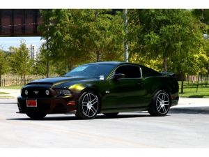 eBay Find of the Day: Color-Changing 2013 Mustang GT