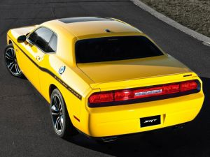"Video: Walkaround Of A ""Yellow Jacket"" Challenger SRT8 392"