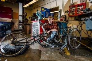 GM and Tech Students Team Up to Make Hand Cycles for Wounded Vets