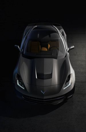 2014-Chevrolet-Corvette-003