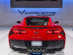 Full 360-Degree Views of the 2014 C7 Corvette Interior and Exterior