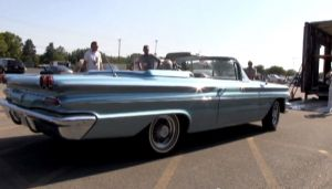 Video: 1960 Pontiac Bonneville X-400 At Pheasant Run Pontiac Show