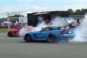 Video: Nice Third-Gen Viper SRT10 Burnouts In Germany