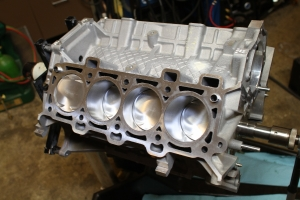 Low Compression Coyote Engine Build Part 1 – The Short Block