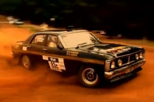Video: Ford Falcon XY Tears Up The Rally Course