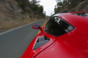 Video: MotorTrend Tries Out the 2014 Corvette