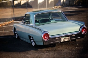 Video: Rocket Bird: A Custom 1962 Ford Thunderbird