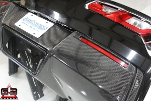 Lashway Motorsports Offers Carbon Fiber Pieces to Spice Up Your C7