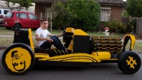 oaida-in-lego-car-side