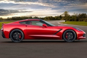 2014-Chevrolet-Corvette-C7-Stingray-Z51