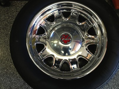 Raczuk hand-made his own custom hubcaps with a refashioned Graham logo.