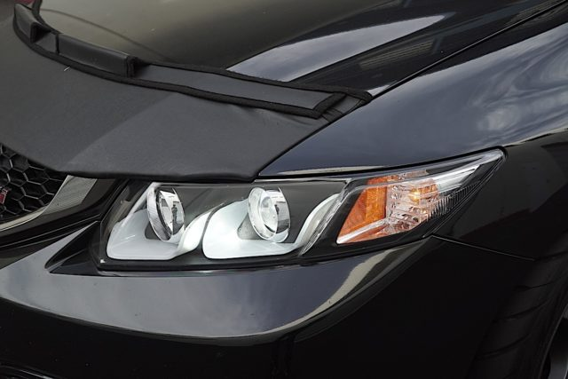 Their headlights use a cold-cathode fluorescent lighting system, which is the most efficient way of getting light into the U-Bar.