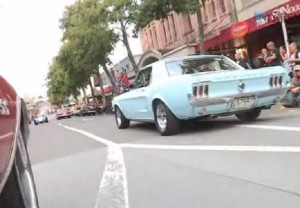 Video: New Zealand City Celebrates American Muscle