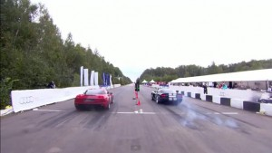 Video: Corvette Z06 Dominates Standing-Mile Race Against SRT10 Viper