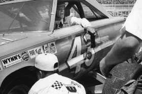 Flash Back Friday: NASCAR's Last Dirt Race