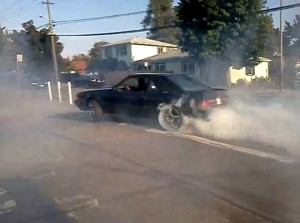 Video: Fox-body Mustang on 22's Doing Donuts Gets Chased By Cops